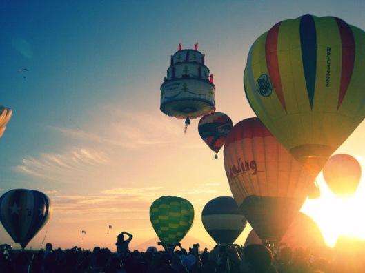 beautiful awesome hot air balloons