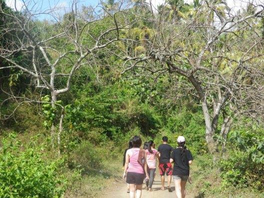 Amansinaya Mountain Resort Day Hike Trek to Ambon-ambon Falls